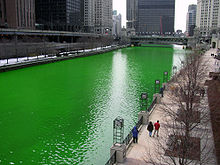 Chicago_River_dyed_green