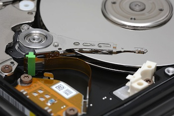 Interior of hard drive (Source: WIkimedia Commons.)