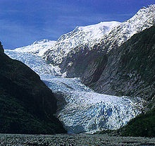 Franz Joseph Glacier  (Source: Wikimedia Commons)