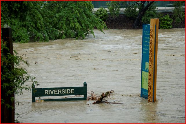 Flooding, Nelson.    Photo: Tim Bow