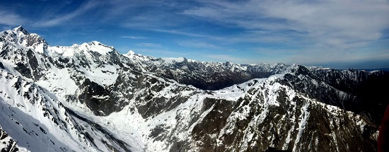 The Southern Alps - view looking across the Fritz and Victoria Ranges near Franz Josef Glacier.
