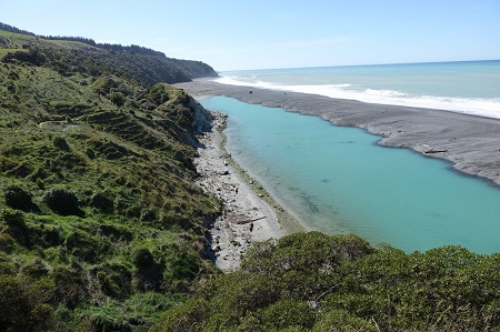 Figure 1. The hapua lagoon interface between the Hurunui River and the high-energy north Canterbury mixed sand and gravel coast is a popular site for weekend fishing and recreation.