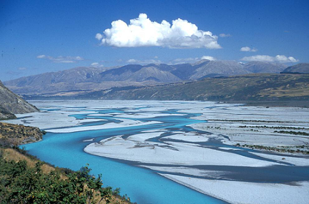 Figure 4. Braids of the Rakaia River. (N. Bousted, NIWA)