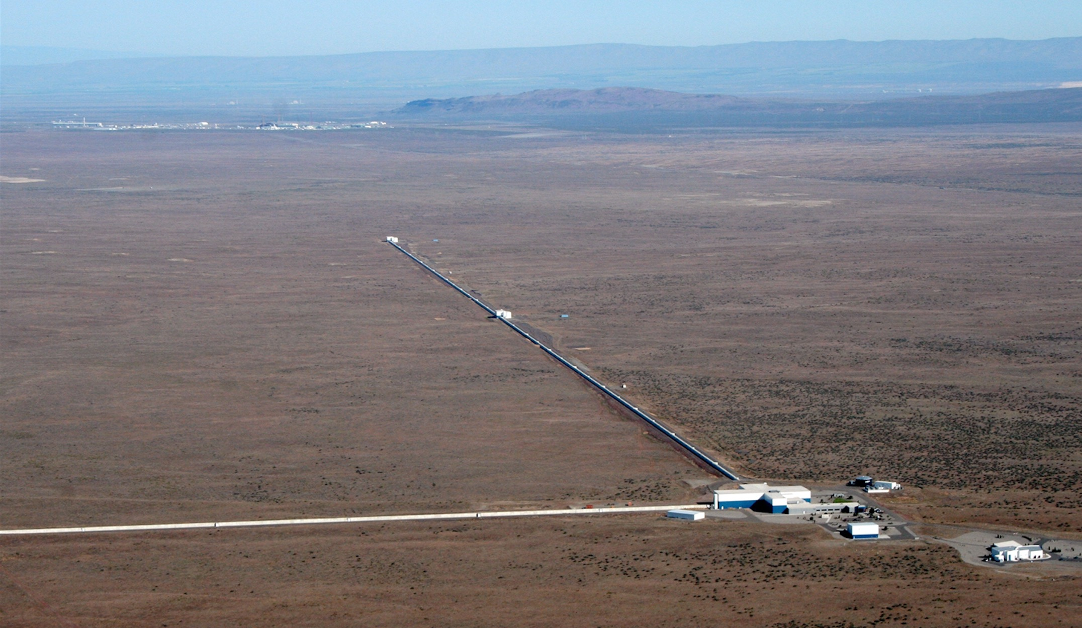 Featured image: Gravitational Waves