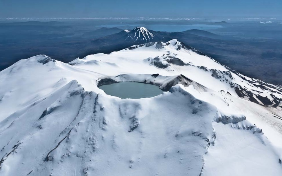Featured image: Ruapehu continues to fidget