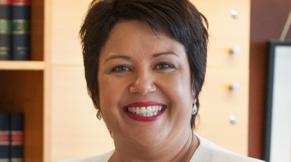 Image: Moro bars and triple dips: Geoff Simmons fact checks Paula Bennett's clean unit claim