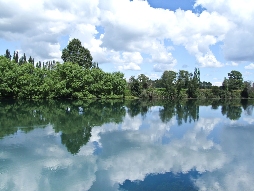 Featured image: Is the Waikato River really one of the cleanest rivers in the world?