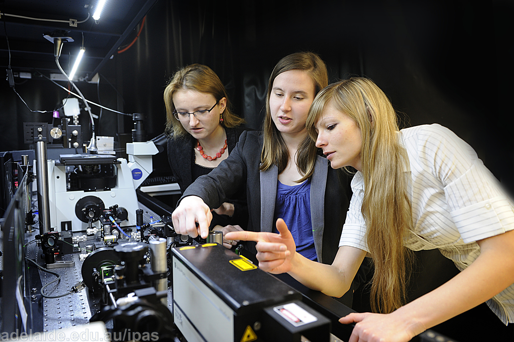 Featured image: Improving gender balance in physics