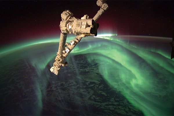 Image: Science Tank | The Mighty Aurora