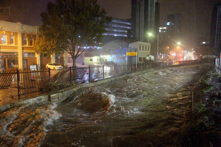 Image: Lessons in resilience: what city planners can learn from Hobart's floods